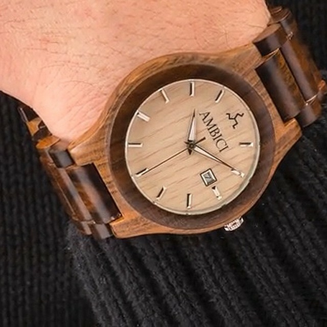 The Maple Ambici Wood Watch