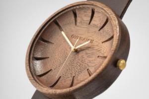 Argus Ovi Wood Watch walnut engraved